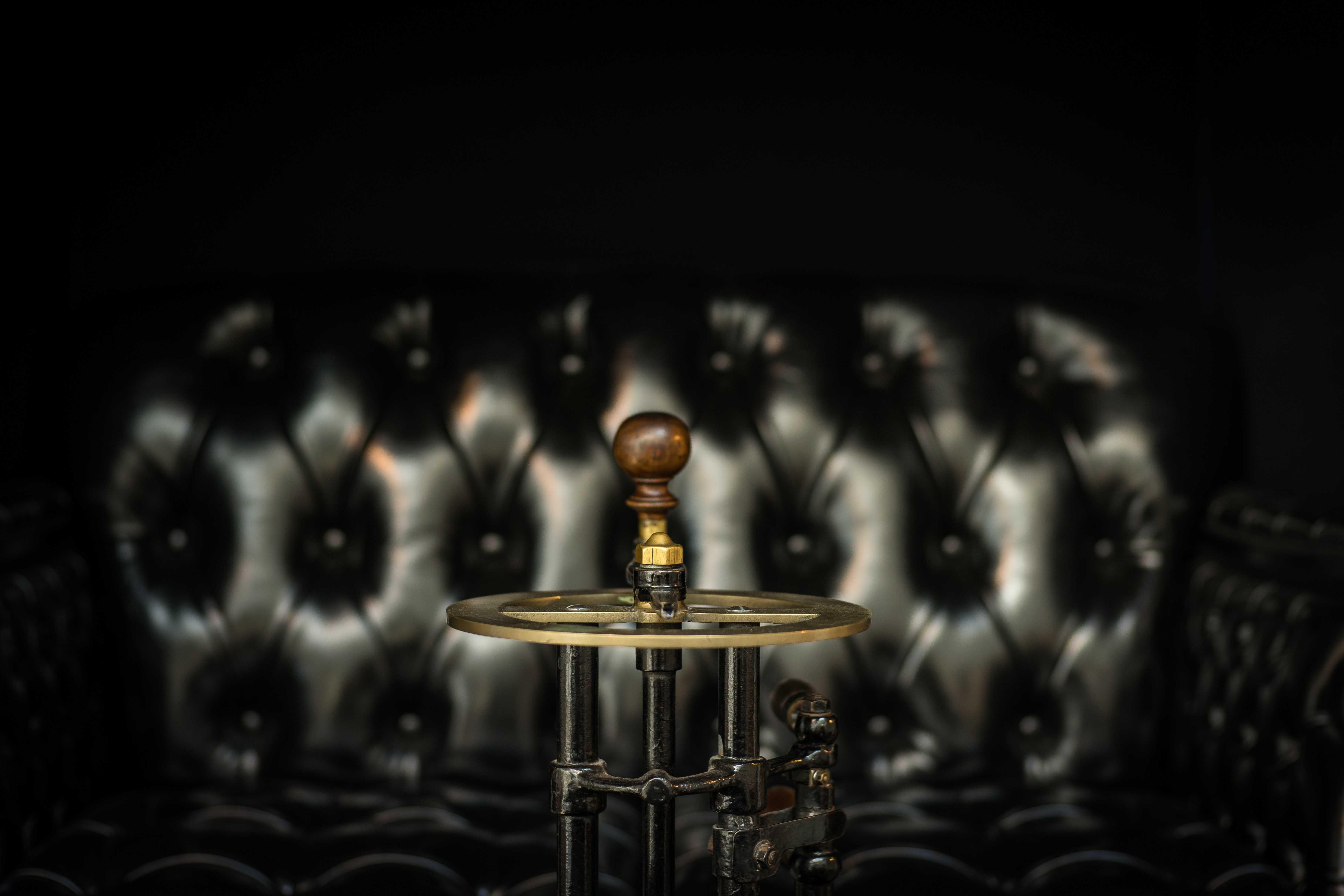 Пятак в черная магия как быстро действует сексуалный приворот на воде и соли